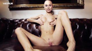 Nude Hollywood star Ester Exposito finger fucking deepfake porn
